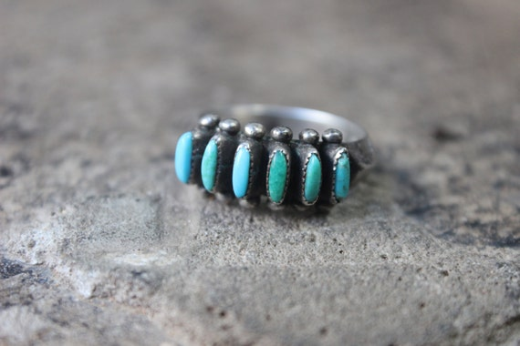 Turquoise Band RING / Vintage Needle Point Turquoise Carinated Ring Size 7 / Southwest Sterling Silver Jewelry