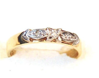 Diamond Band Ring in 9K Yellow Gold, Vintage, 1960's, Pinky Ring, Promise Ring