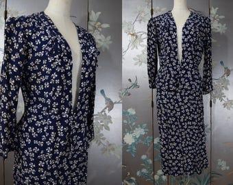 ADORABLE 1930s - 40s novelty print clover suit