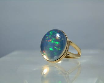 Vintage 14k Gold Opal Ring Large Natural Pin-fire Jelly Opal Cabochon Size 7 Yellow 585 Gold Opal Ring Hallmarked