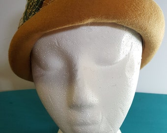 Yellow and Green Felted Hat 1960s Henry Pollack Glenover