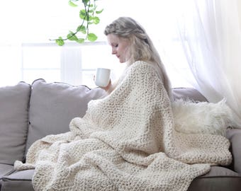 Chunky Knit Throw Blanket Thick Crochet Afghan / Cream White Beautiful Blanket Hygge Home Decor Soft Wool Throw / Wave Chunky Knit Blanket