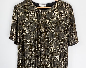 Women's vintage t-shirt / black and gold / party shirt / one size
