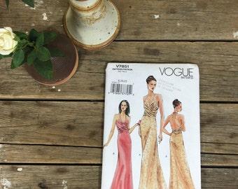 Dress Pattern, Vogue V7851, formal dress, gala, red carpet, sewing, crafting,  UNCUT pattern, women, ladies