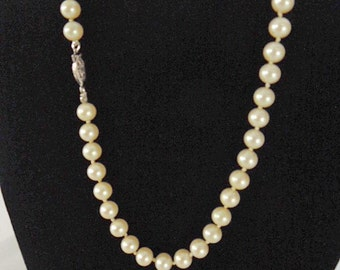50s Faux Pearl Glass Bead Choker Necklace