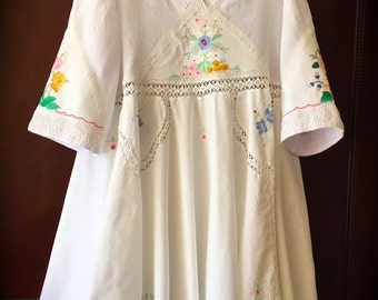 Storybook Embroidered Poets Tunic Dress Romantic Rustic Vintage Details PLUS Size