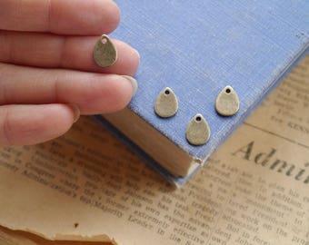 20 pcs Antique Bronze Teardrop Dangle Layering Charm Pendants 11mm (BC3157)
