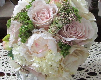 Bridal Bouquets, Brides Bouquet, Destination Bridal Bouquets, Silk Bridal Bouquets, Shabby Chic Bouquet, Wedding Flowers, Custom Bouquets