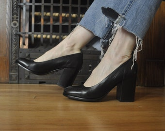 JIL SANDER made in Italy - black round toe pumps size 38.5