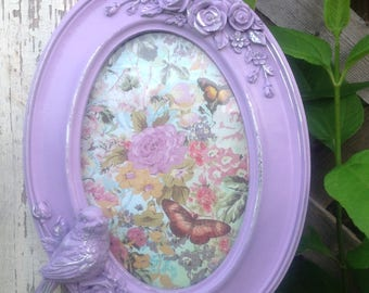 Lavender Oval Picture Frame with 3D Bird & Flowers - 4x6 - Table Top Easel Back