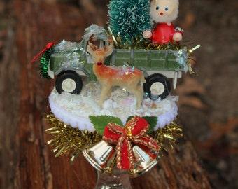 Christmas scene decoration; Santa decoration; Winter diorama