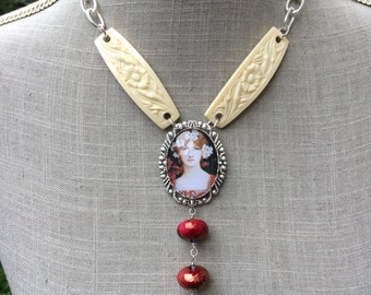"Stylish art nouveau necklace, cabochon, bakelite, ceramic and brass ""Miss Daffodil"""
