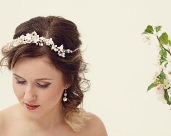 Pearl hair vine Bridal hair accessories Pearl crown Bridal headpiece Wedding headpiece Pearl flower crown Bridal headband Pearl crown
