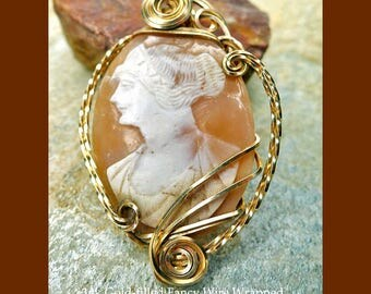 Gold Wire-Wrapped Vintage Italian Cameo Pendant, 14k GF Real OOAK Italian Hand-carved Shell Cameo Jewelry - SE-GSP121X