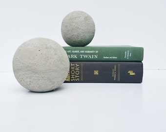 Natural Cement and Mortar Decorative Sphere