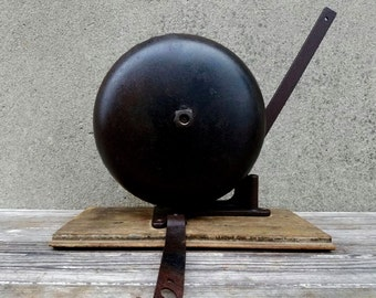 Antique Cast Iron Reiter Canton Boxing Bell
