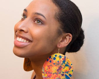 Multicolor Splatter Painted Abstract Curlitude Signature 'Miriam' Oversized Lightweight paper earrings