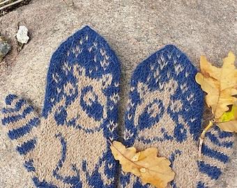 Raccoon Mittens | Blue Wool Alpaca Mittens | Wool Sweater Mittens | Racoon | Sweater Mittens