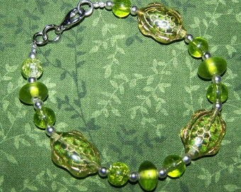 Glass turtle bracelet