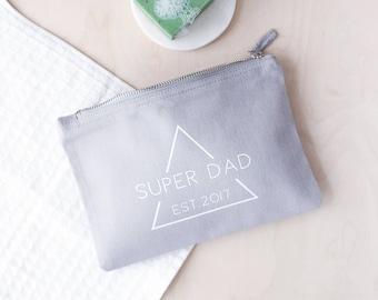 Personalised Super Dad Wash Bag - Mens Wash Bag - Fathers Day Gift - Father's Day Gift - Grey Wash Bag - Shaving Bag - Gift For Dad