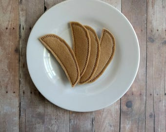 Felt Food Steak Fries, Set of 4, Embroidered Light Brown Acrylic Felt, Pretend Play, Play Kitchen Accessories, Felt Fries, Made in USA