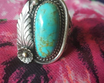 Large Statement Vintage Silver Ring with Oval Turquoise Stone and Feather Accents (st -1971)