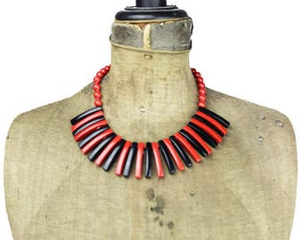 Large Red and Black Bead Necklace, Chunky Red and Black Bead Necklace, Red and Black Bib Necklace, Long Black and Red Necklace