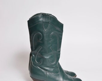 Vintage 80's Green Western Cowboy Genuine Leather Boots