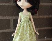 Dress for Pullip dolls.