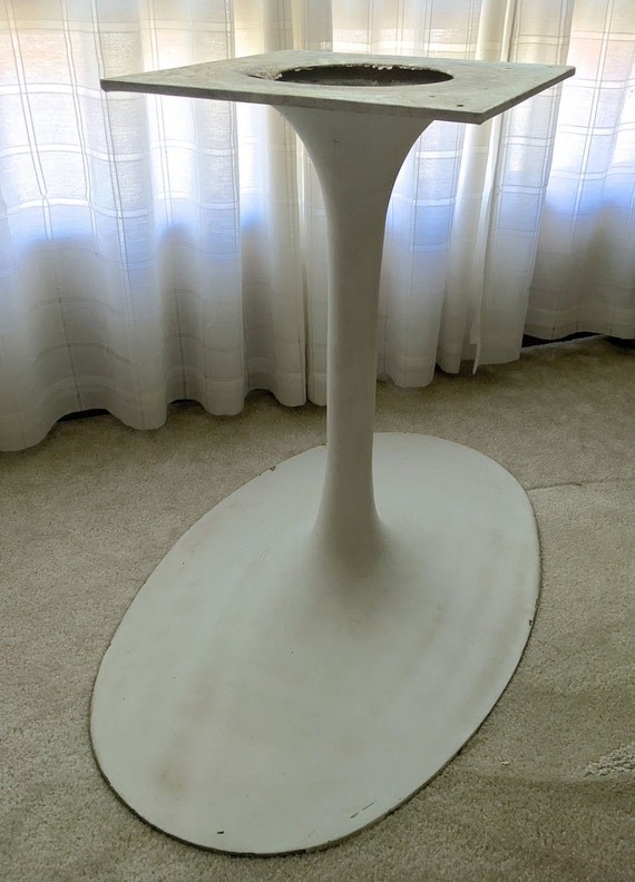 Sale Mid Century Oval Tulip Table Base Local Pick Up Only
