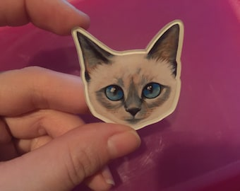 Cute white kitten cat with blue eyes pin brooch badge