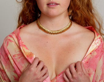 Vintage Scallop Toothed Gold Choker Necklace - Modern - Bohemian