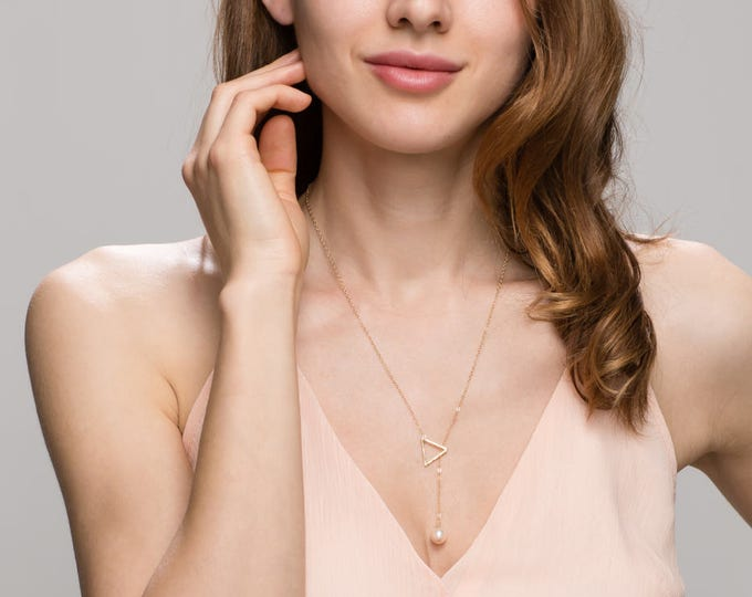 Triangle lariat necklace with Pearl  EL4