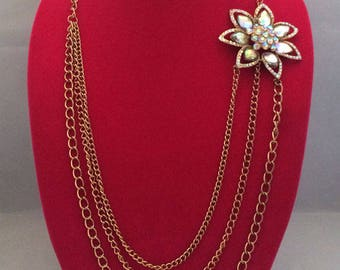 Fabulous Vintage 1960s AB Rhinestone Flower Power Necklace
