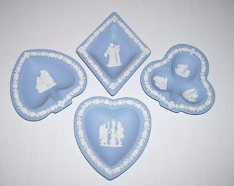 Wedgwood Jasperware Blue Card Suit Heart Club Diamond Spade Candy Nut Dish
