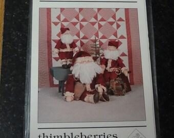 THIMBLEBERRIES JL-8022 Santa Time Three Sizes of Santas and Quilt