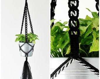 "Macrame Plant Hanger // Large Hanging Planter // Long Hanging Plant Holder // Modern Plant Hangers // Black and ""Zebra"" // #4"