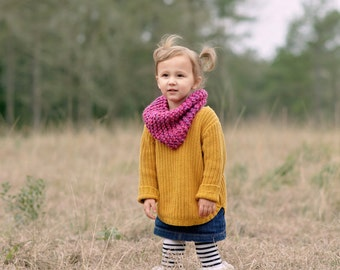 Multi colored Pink toddler infinity scarf/ pink chunky knit scarf/ toddler baby scarf