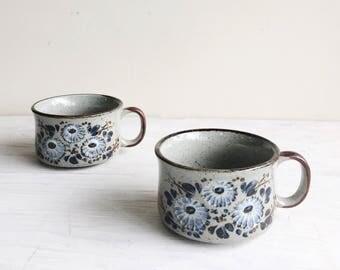 Pair of Otagiri Stoneware Soup Mugs with Blue Flowers