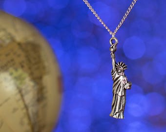 Statue of Liberty Necklace | USA Necklace | Travel Necklace | American Travel | Travel Necklace