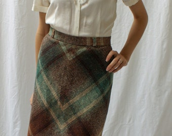 CLEARANCE Vintage Plaid Tweed Skirt