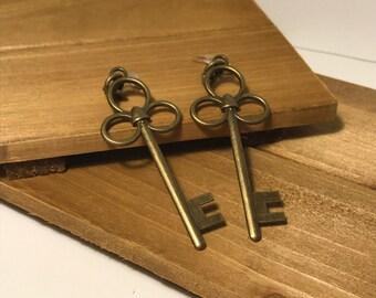 Elegant Brass Key Drop Earrings