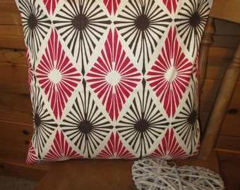 SALE 18 x 18 pillow cover, cushion cover, gemetric, pink, cream, contemporary, modern, decorative cushion, pillowcase