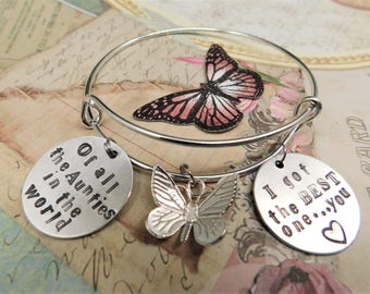 Gift for Aunt - Bracelet - Sentimental Message - Of all the Aunties in the world I got the BEST one .. You - Butterfly Charm