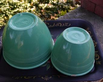 Green Fiestaware Mixing Bowls #5 and #3 1938-1942 Original Bowls