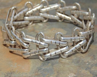 Mexico Silver ~ V Link Bracelet with Hook Clasp c. 1940's