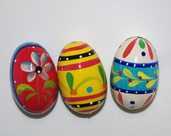 Polish Easter Eggs Pysanky Hand painted decorative egg Pysanka Set of 3 white yellow red floral flower dots Polish Folk Art Polish Wood 80s