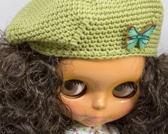 Blythe beret hat for curly haired blythe, knitted beret hat for blythe, knitted hat for blythe, blythe beanie, knitted clothing blythe
