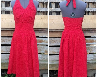Vintage 1980s Does 50s Red Halter 100% Cotton Lined in the Bust With Boning in the Back Summer Sundress
