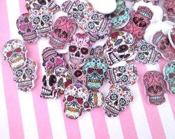 10 Colorful Wooden Sugar Skull Buttons, Day of the Dead Cabochons #913